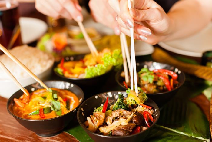 asian sauce noodles bowls