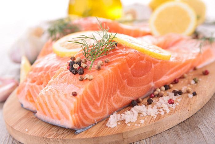smoked salmon chopping board