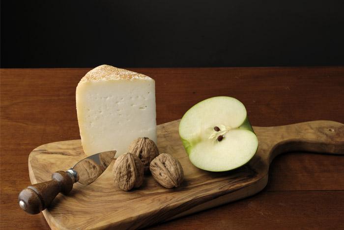 cheese apple board