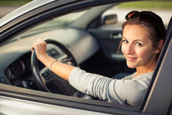 woman driving cognitive fucntion